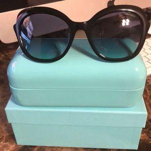 Tiffany& CO sunglasses